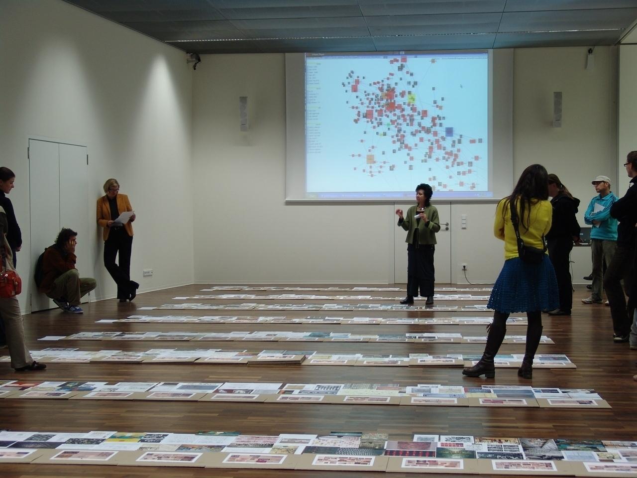 A diagram exhibition by Gerhard Dirmoser using Semaspace